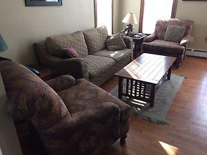 Sofa and coffee table set
