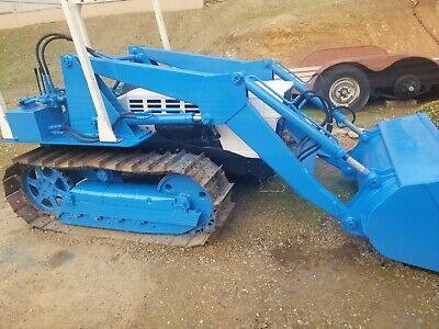 Lamborghini C553 Crawler Tractor W Loader Great Running Condition Very Low Hours