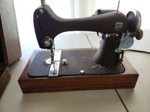 Vintage Montgomery Ward Art Deco 1920s Sewing Machine, KIDSTOYZ®
