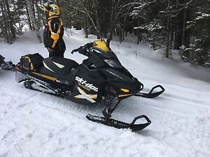 Motoneige mxz renegade backcountry x 2012 600 etec