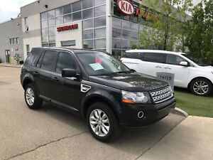 2014 Land Rover LR2 NAV! LEATHER! HEATED SEATS! MERIDIAN SOUN...