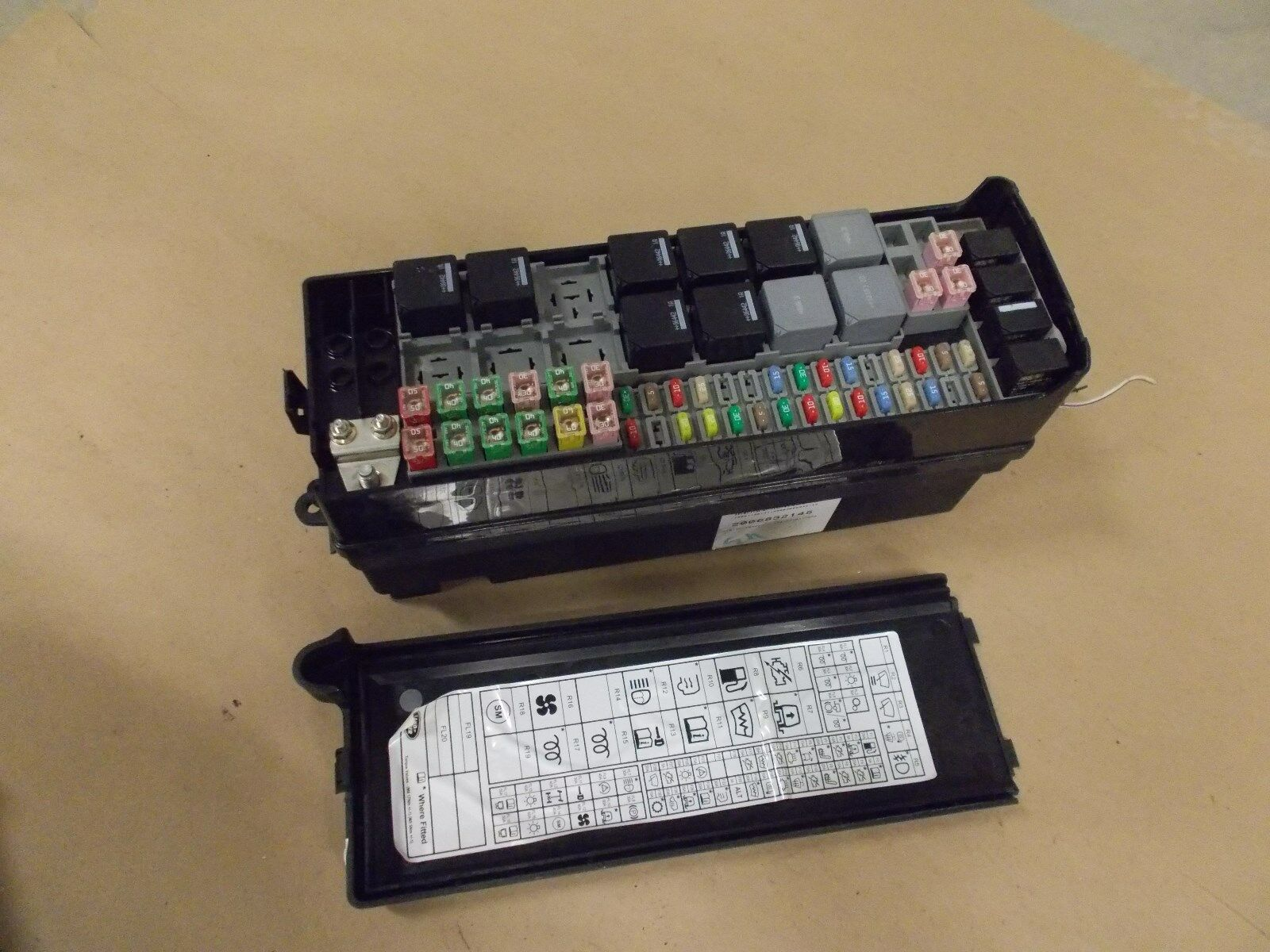 Used Land Rover Computers Chips Cruise Control And Related Parts Lr3 Fuse Box Location 2005 2009 Electric Main Engine Relay Junction Block Oem