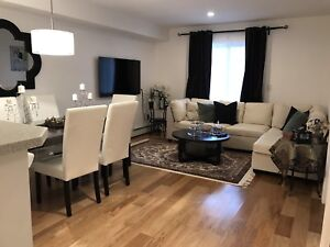 Beautiful condo in Panamount Dr NW