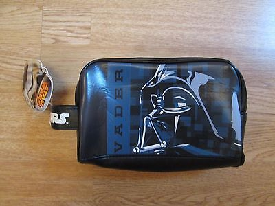 darth vadar toiletry wash bag BNWT!! Disney Star Wars gift present holiday bag