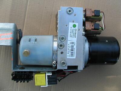 Mercedes CLK W209 Cabrio Verdeck Pumpe Hydraulikpumpe A2098000330