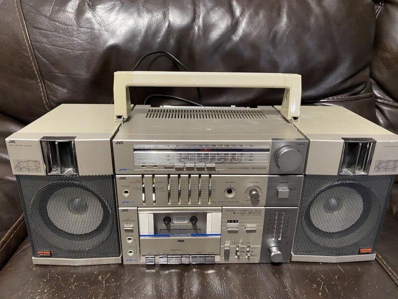 Big! Vintage Rare 1983 JVC PC-R11JW Radio BOOMBOX blaster am/fm Cassette works!
