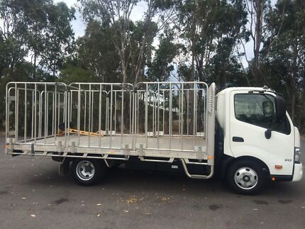 2014 HINO 300 Series 617 Medium Tray Top Truck