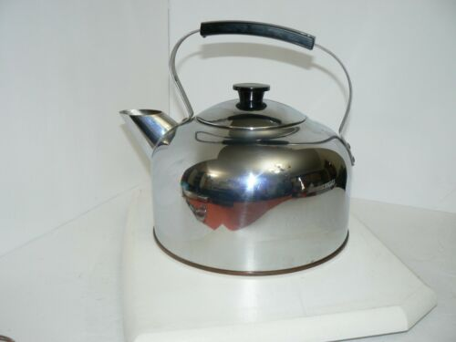 BEAUTIFUL! Vintage pre-1968 Revere Ware Tea Kettle 3 1/2 Qt With Tags RARE!