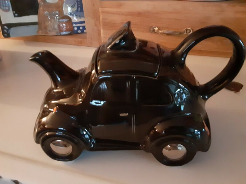 RARE Carlton Ware Teapot Black VW Beetle EXCELLENT  Condition made in England