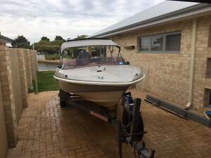 4.9m 135Hp Boat