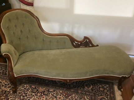 Chaise Lounge Victorian