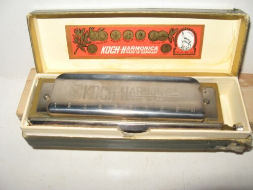 VINTAGE  KOCH CHROMATIC HARMONICA   No. 980/ 40M  Key C - NICE