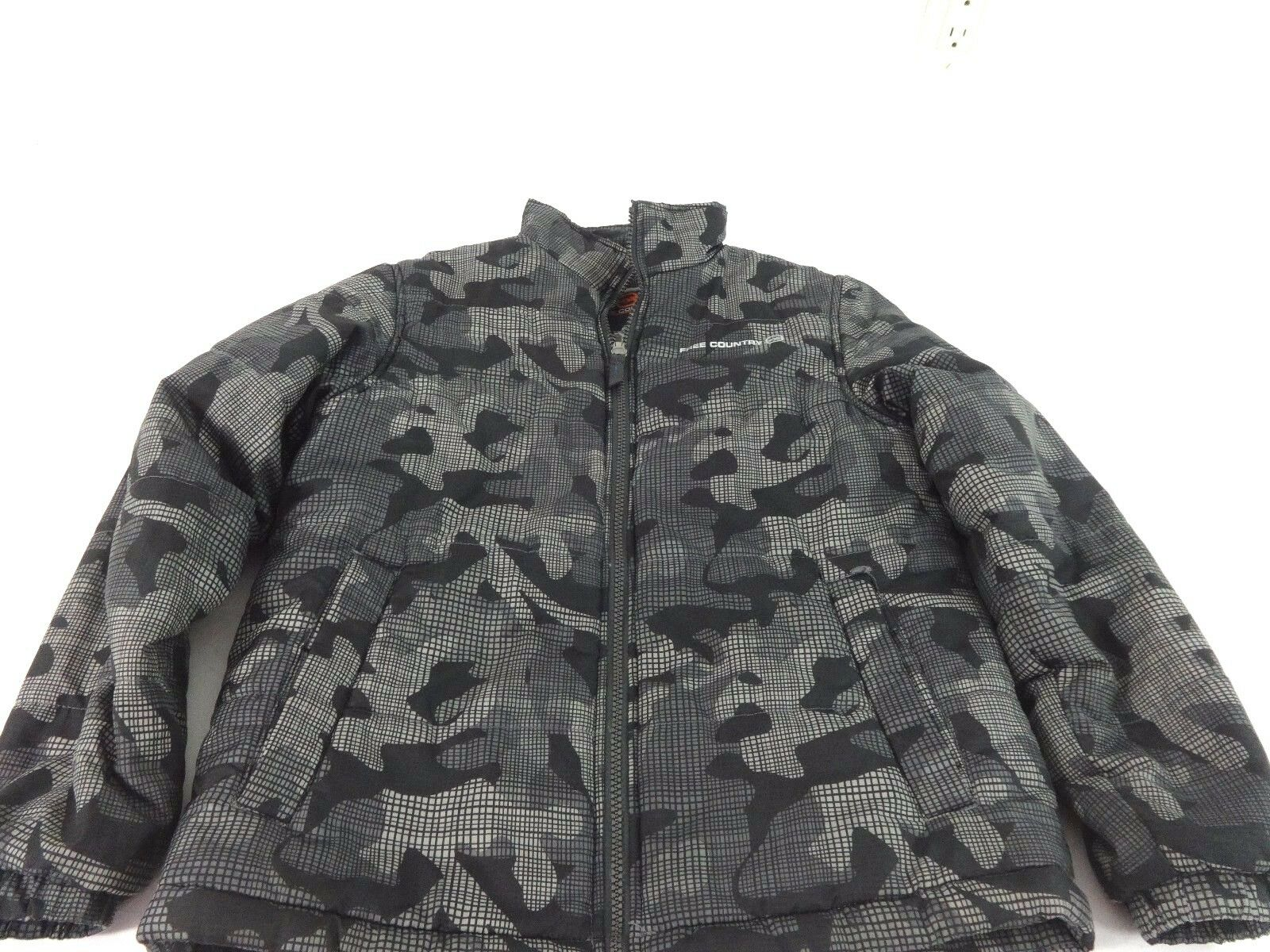 ea377def8f5d FREE COUNTRY BOYS BLACK  amp  GRAY DIGITAL CAMOUFLAGE POLYESTER SKI ...