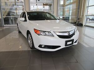 2013 Acura ILX LEATHER, NAVIGATION, SUNROOF