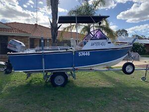 Aluminium runabout/fishing boat
