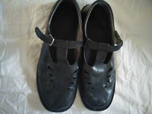 Young Ladies school shoes  49a5755cdb