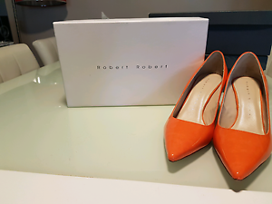 Robert Robert orange gloss heels Varsity Lakes Gold Coast South Preview
