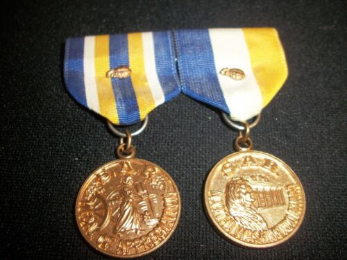 S.A.R. AWARDS F.T.T. SKINNER CHAPTER MEDAL OF APPRECIATION AND MARTHA WASHINGTON