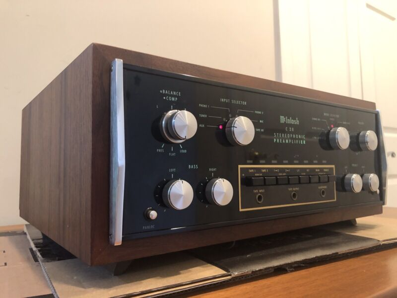 Vintage Mcintosh C28 Stereo Preamplifier Panloc Case Cabinet Very Good Condition