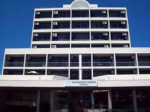 Cairns City Hotel. Sleeps 4. Rent 1-12 week. FREE Internet Cairns Cairns City Preview