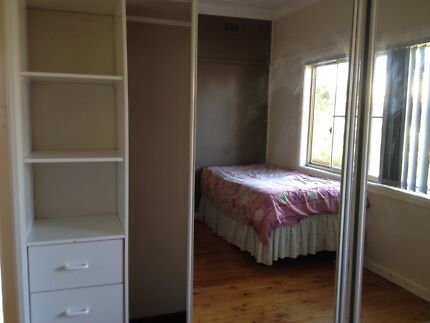 Large sharing room betwin 2 in Lidcombe
