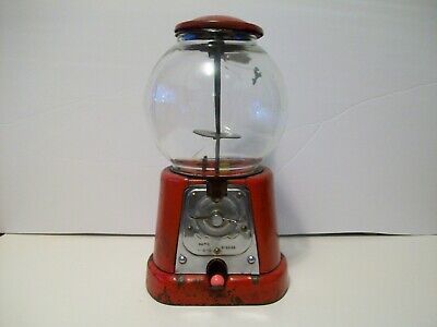1920's Advance Penny Gumball Machine Model D