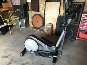 Golds gym stride trainer 380