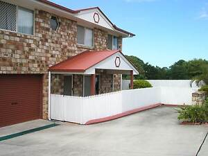 Lovely & Spacious Townhouse  Close all amenities Bray Park Pine Rivers Area Preview