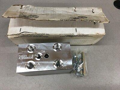 New In Box Daman Hydraulic Manifold Ad05s023s