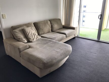 Wanted: Suede couch