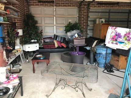 Garage Sale Wyndam Vale Moving House