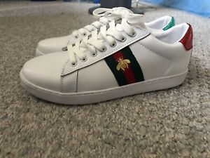 c88b8766f Gucci Shoes   Buy or Sell Used or New Clothing Online in Winnipeg ...