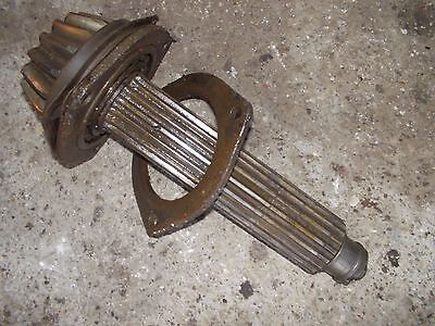 International 300 Utility Tractor Ih Transmission Gear Drive Shaft For Pinion