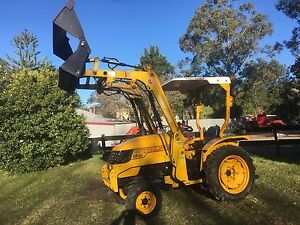 Eastwind tractor 4in1 bucket new slasher Kangaroo Valley Shoalhaven Area Preview