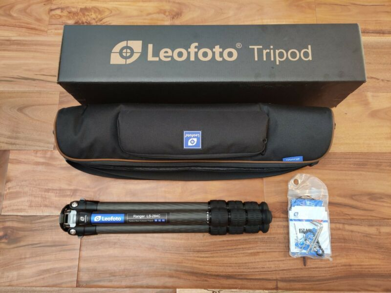 【Open Box】Leofoto LS-284C Professional Carbon Fiber Tripod with Bag