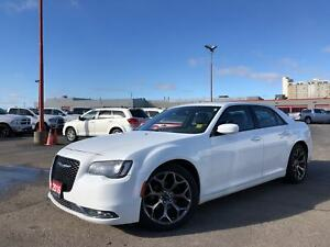2016 Chrysler 300 S**SUNROOF**LEATHER**NAV**BLUETOOTH**
