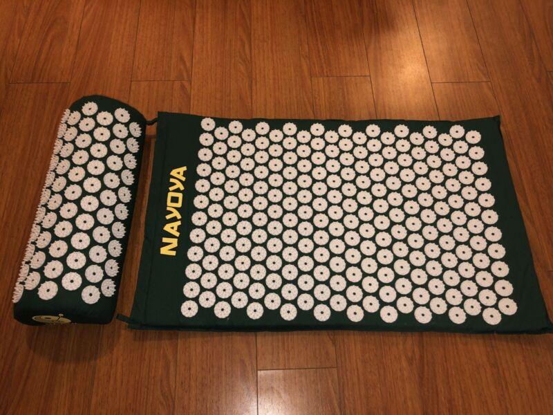 Nayoya Acupressure Mat and Neck Pillow Set