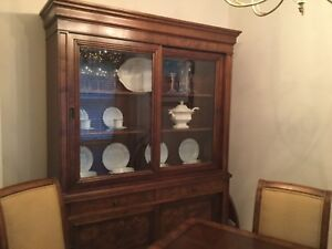 ethan allen dining room furniture: table, 2 leaves, 8 chairs & china closet