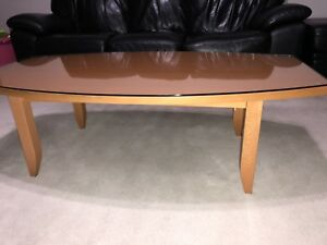 Coffee table with cut glass top