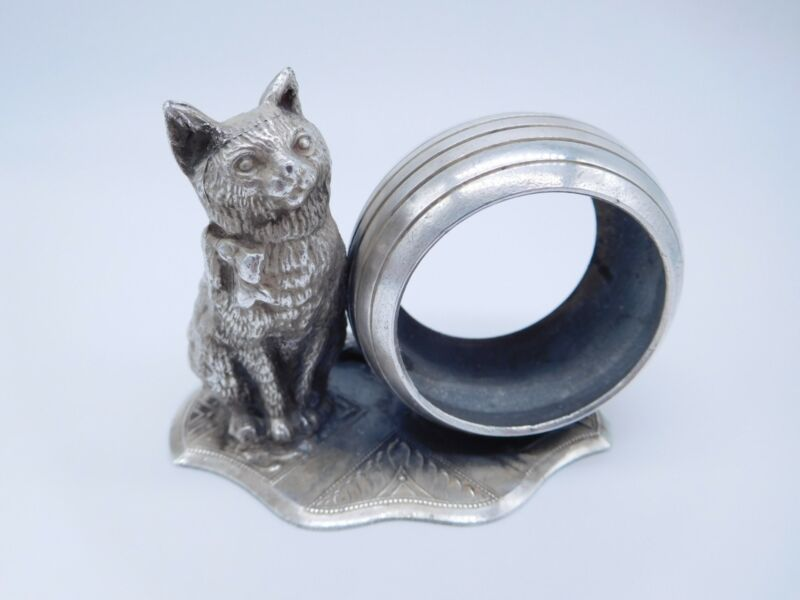 LOVELY VICTORIAN SILVER PLATED FIGURAL KITTY CAT KITTEN ROUND NAPKIN RING