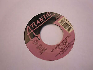 Tori-Amos-Bliss-Hey-Jupiter-LIVE-Non-LP-Track-45-RPM-1999-Atlantic-Records-EX