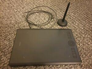 WACOM Intuos Pro Medium Tablet