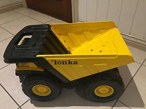 Tonka dump truck Tarragindi Brisbane South West Preview