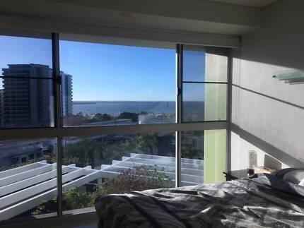 Master room for rent in Darwin CBD - Evolution building