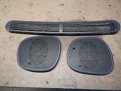 98-05 Jimmy Blazer Sonoma Bravada Dash Defrost Cover Left Right Speaker Grille