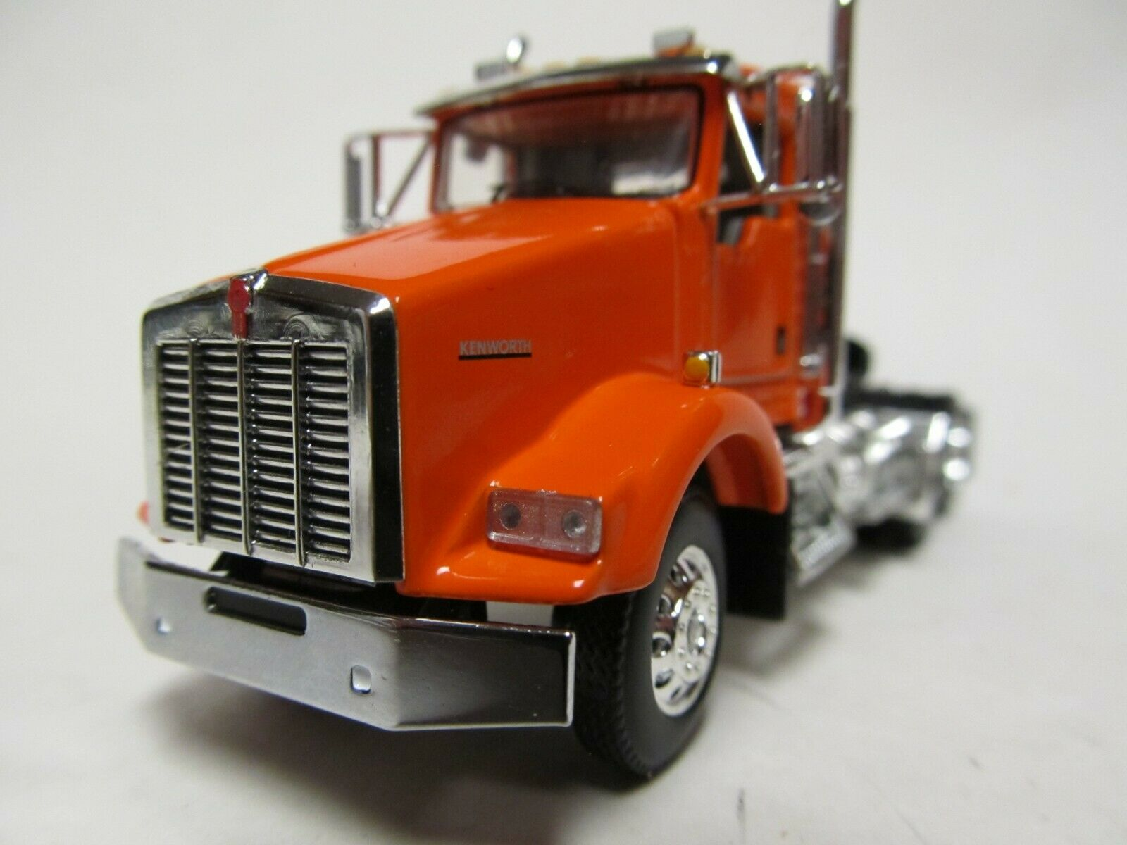 DCP / FIRST GEAR 1/64 SCALE T-800 KENWORTH DAY CAB, ORANGE, YELLOW ENGINE