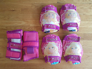 Girl Barbie knee, hand and elbow pads Narangba Caboolture Area Preview