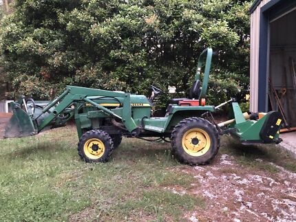 John dee tractor 955