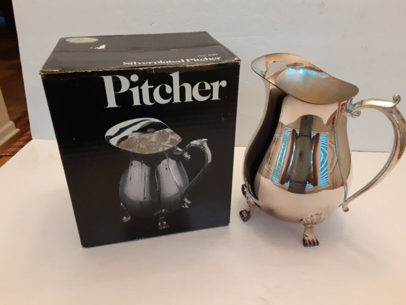 """VTG Leonard SILVER PLATED FOOTED WATER PITCHER With Ice Guard 8.5 """" ORIGINAL BOX"""