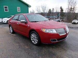 2011 Lincoln MKZ ALL WHEEL DRIVE! - LEATHER - SUNROOF - HEATED S